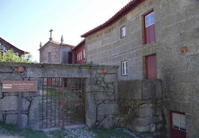 Casa rural em Gerês - Casa dos Bernardos T2 - Rés do Chão