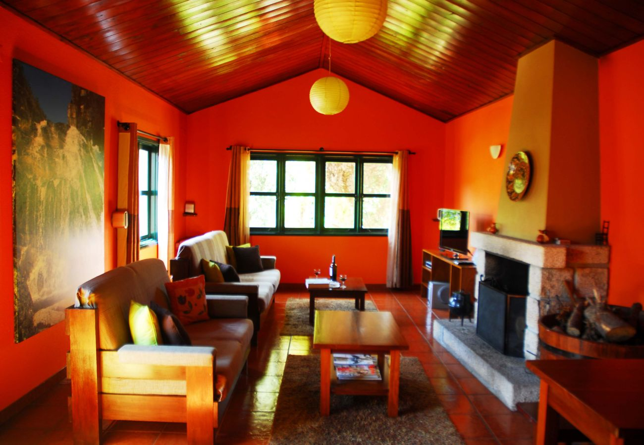 Casa em Gerês - Casa Poula - Água Montanha Lazer