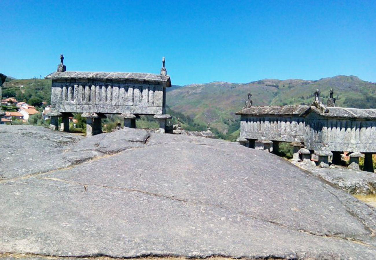 Casa rural em Arcos de Valdevez - Eido da Portela - Casa de Campo