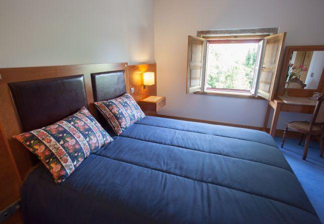 Quarto em Amares - Suite - Casa Lata