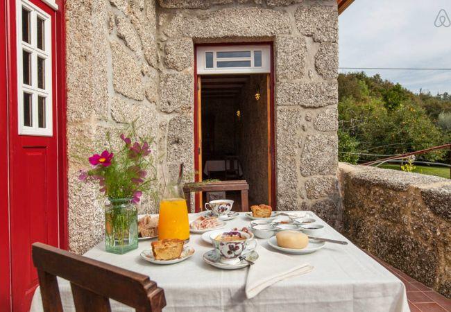 Quarto em Gerês - Suite Dúplex - Casa do Eido Sustainable living