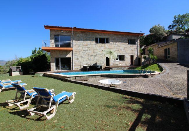 Casa em Amares - Casa de Paredes Secas