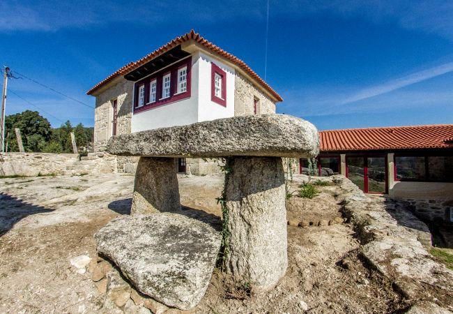 Casa rural em Arcos de Valdevez - T0 Casas São Martinho