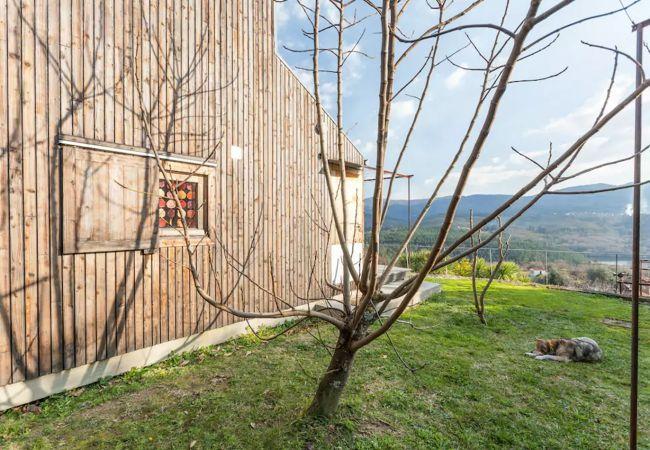 Bungalow em Arcos de Valdevez - Casa da Piscina - Casas de Além Ecoturismo