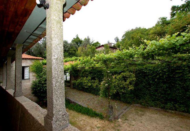 Casa rural em Póvoa de Lanhoso - Casa da Alfena