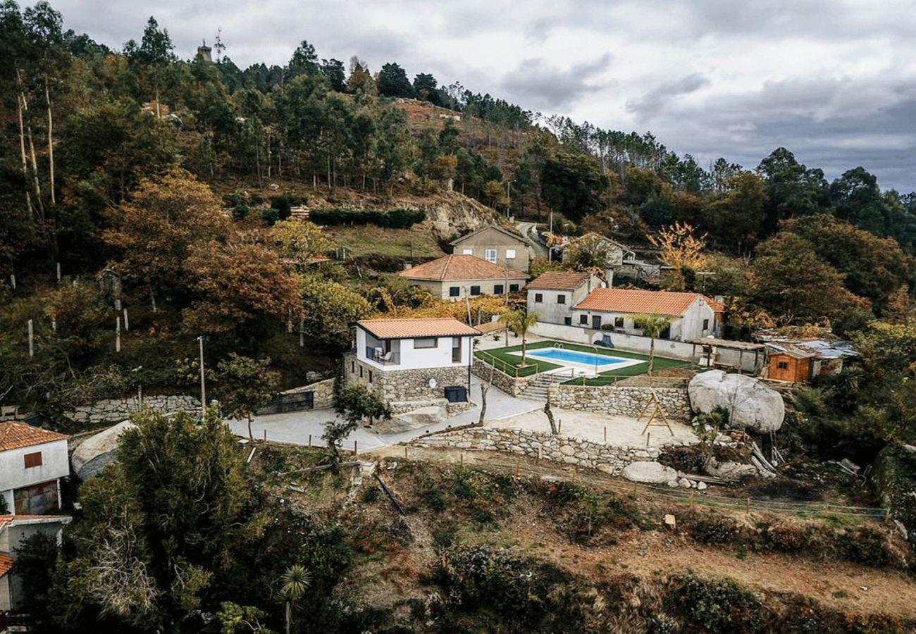 Casa rural em Campo do Gerês - Casa Bom Jesus das Mós