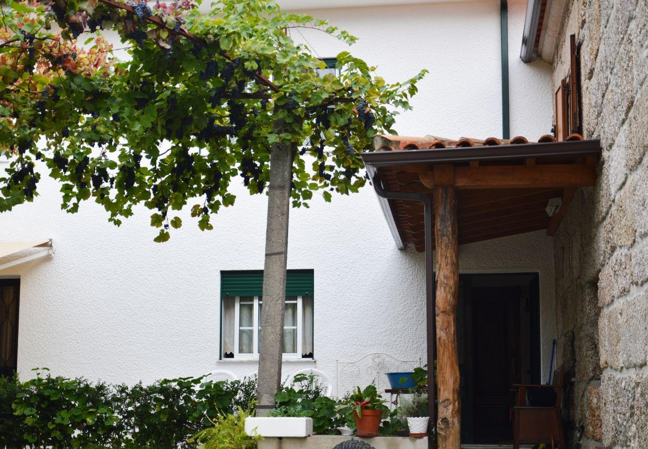 House in Gerês - Casa das Alminhas