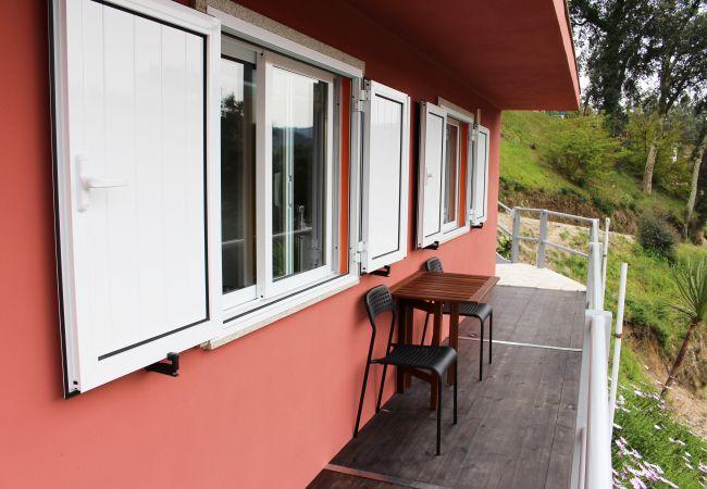 Rent by room in Gerês - Quarto da Varanda