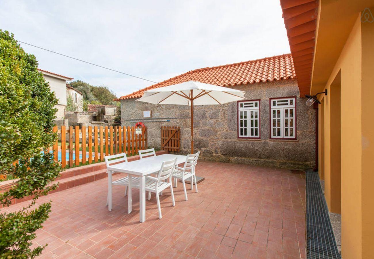Rent by room in Gerês - Quarto Duplo Superior - Casa do Eido Sustainable l
