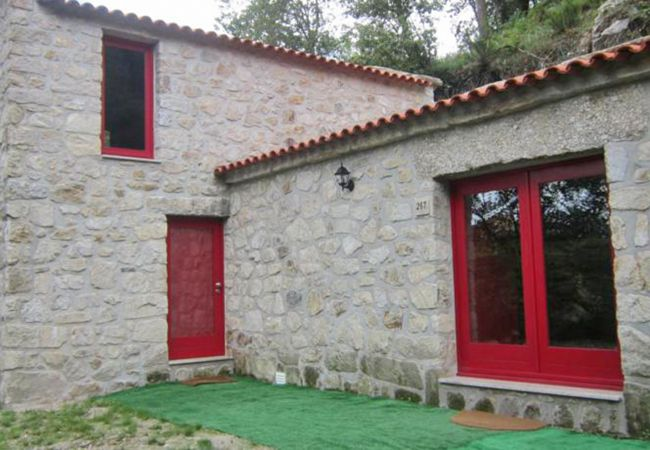 Cottage in Ponte da Barca - Picoto House
