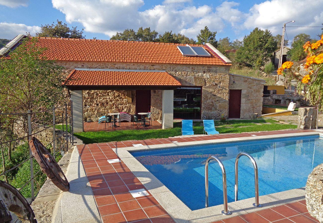 Cottage in Montalegre - Casa Entre-Palheiros