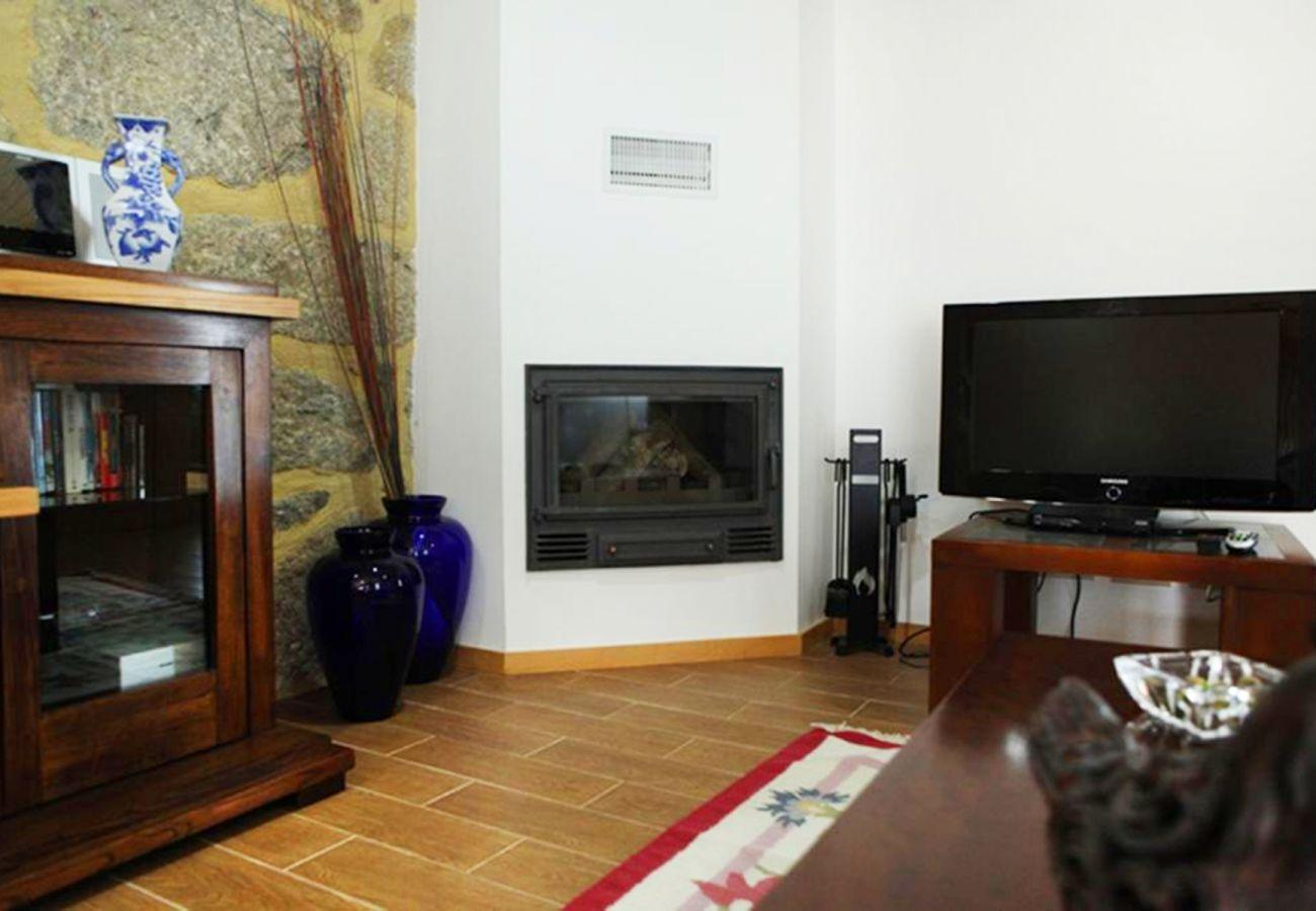 Cottage in Amares - Casa do Telhado