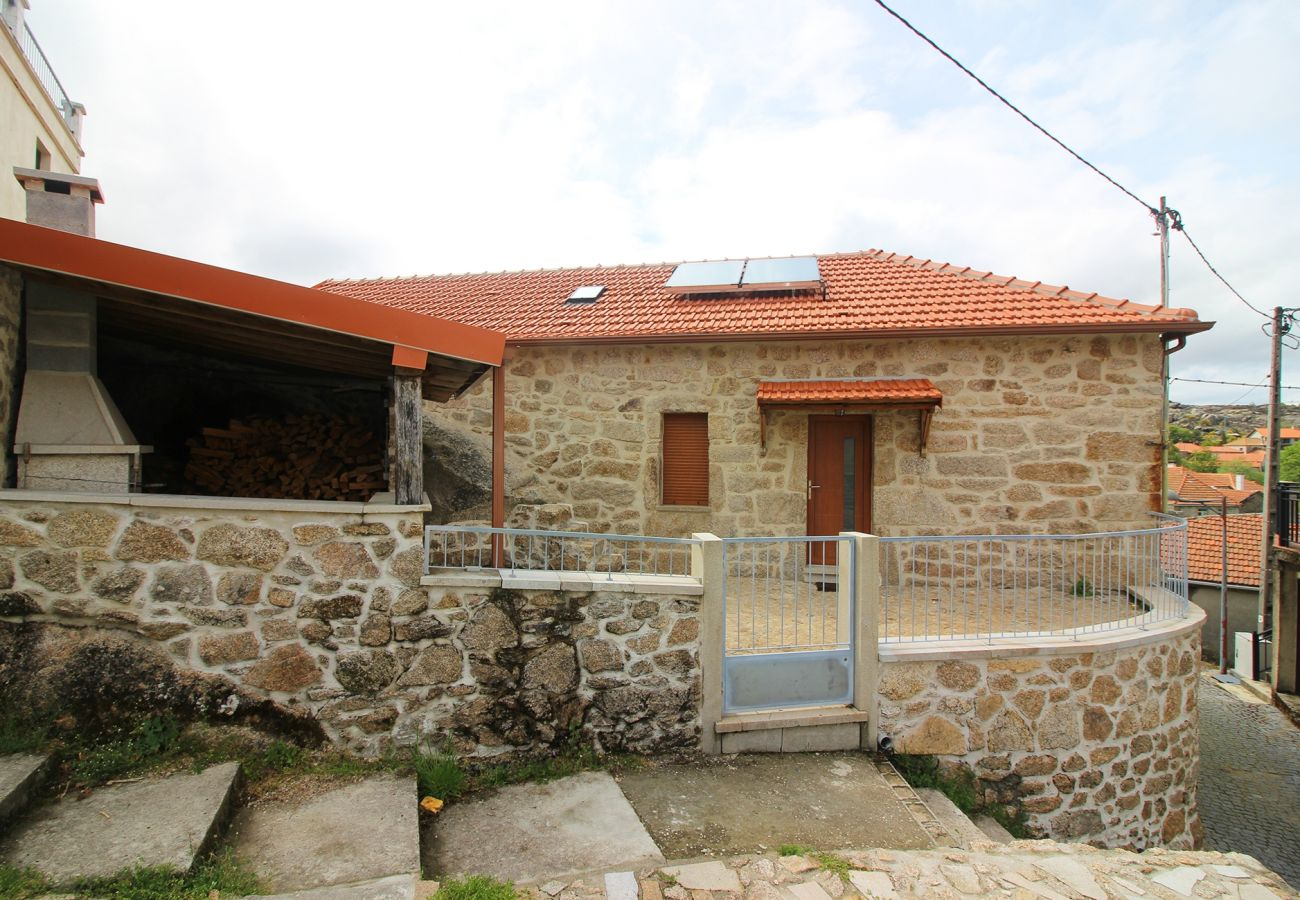 Cottage in Castro Laboreiro - Casa dos Côtos