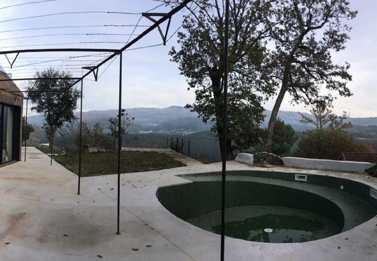 House in Arcos de Valdevez - Casa da Cortiça - Sobrenatura Ecoturismo