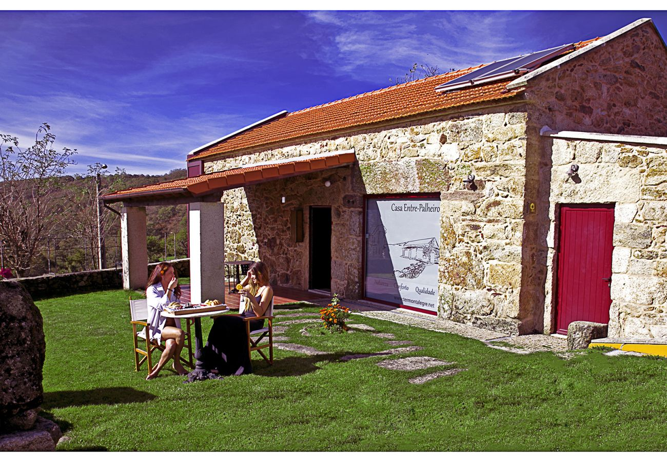 Gîte Rural à Montalegre - Casa Entre-Palheiros