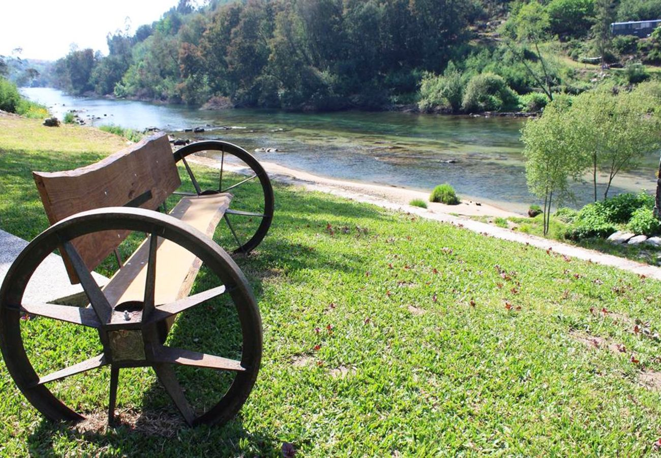 Gîte Rural à Póvoa de Lanhoso - River House Mill Gerês