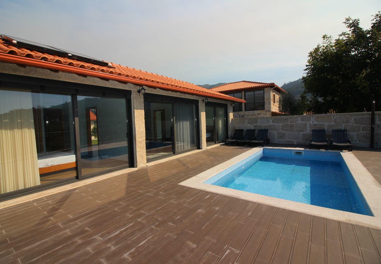 Maison à Terras de Bouro - Casa Ernesto - Turismo Rural Peixoto