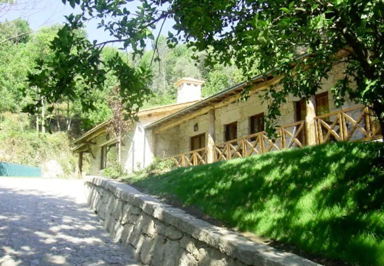 Gîte Rural à Gerês - Casa da Terra