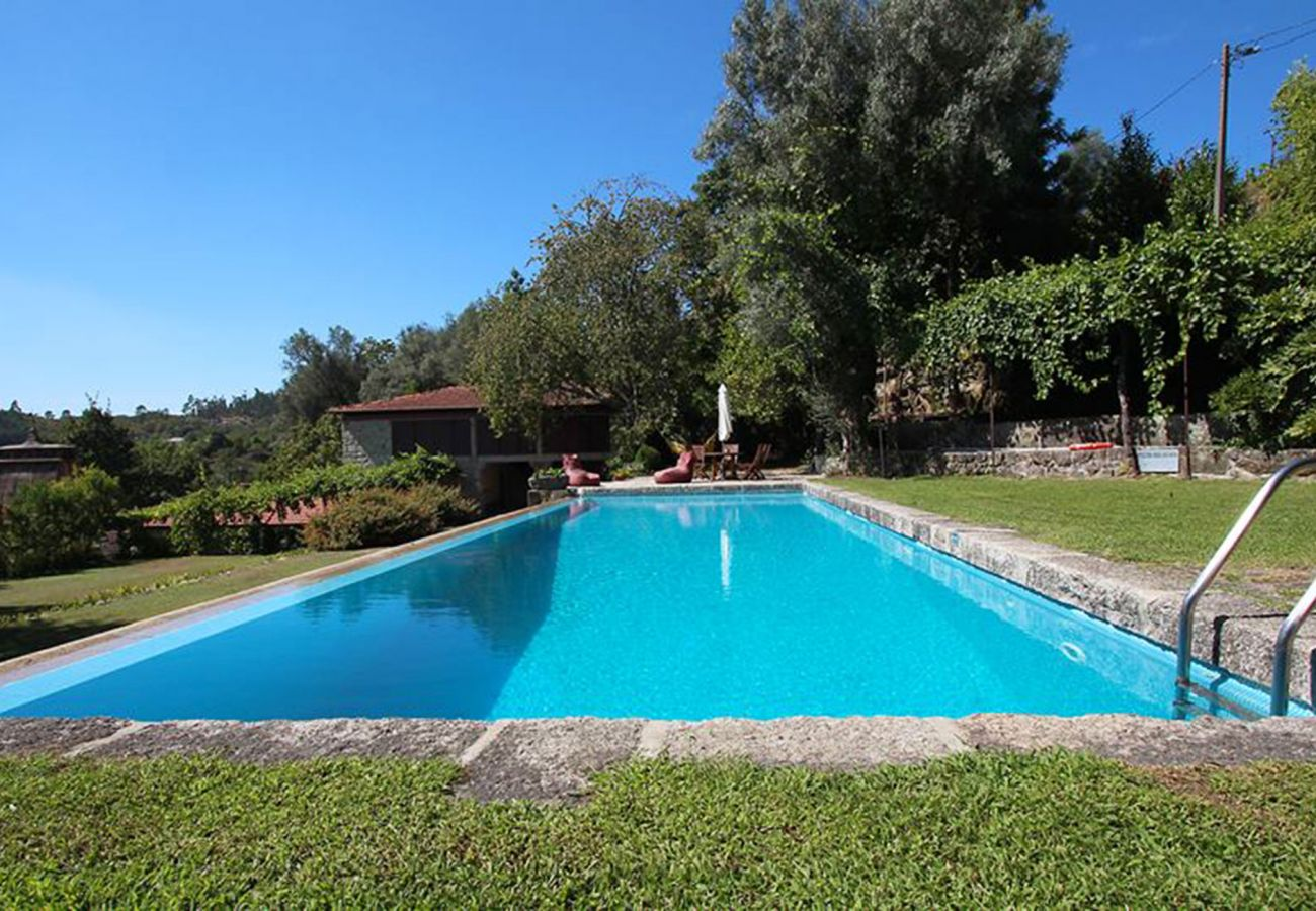 Gîte Rural à Póvoa de Lanhoso - Casa de Alfena